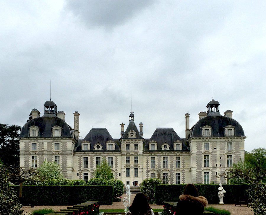 Chateux hopping in Loire Valley (France)